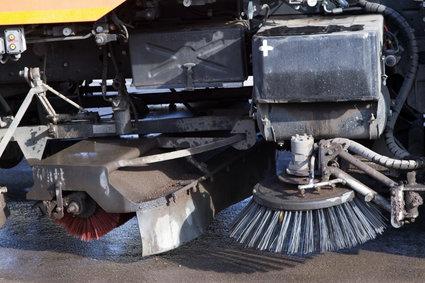 До первых снегопадов дороги Москвы почистят машины-«пылесосы»